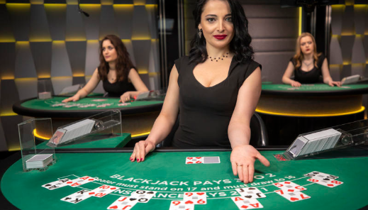 There's Big Money In ONLINE CASINO
